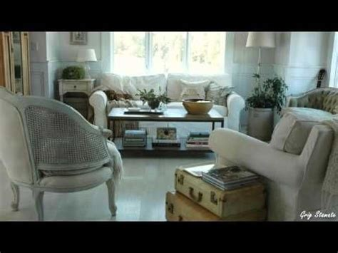 DIY: How to Re-Use Old Suitcases   Déco intérieure