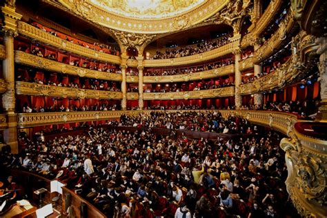 Hot topic - Young&Opera - Event - First time at the Paris