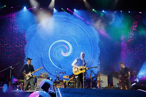 Color obsession paints Coldplay a winner at N