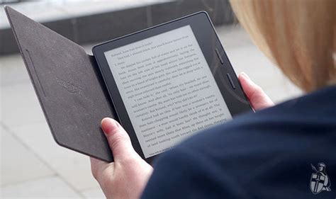 Kindle Oasis Review - the best e-reader Amazon has ever