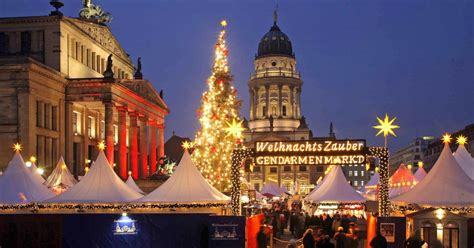 Berlin: Christmas Markets and Food Tour - Berlin, Germany