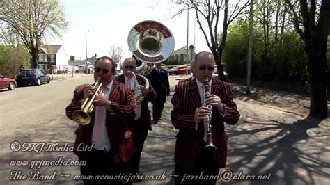 """""""When The Saints Go Marching In"""" New Orleans style jazz"""