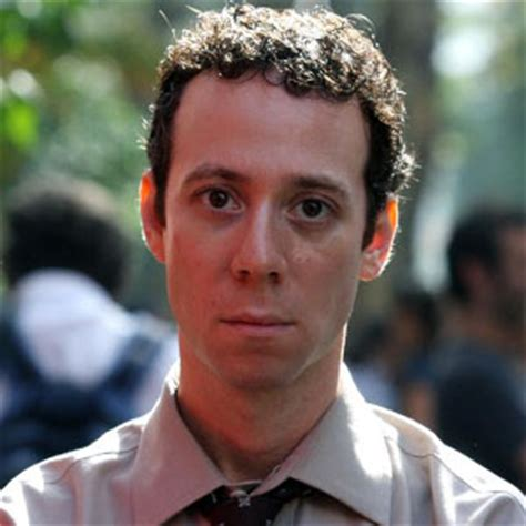 Kevin Sussman to Be a Dad? - Mediamass