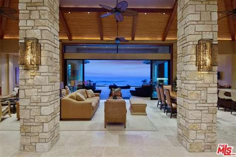 Waterfront Property For Sale To Make You Crave The Beach