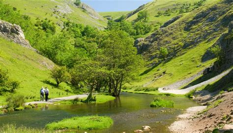 Peak District - National Park in Hope Valley, England
