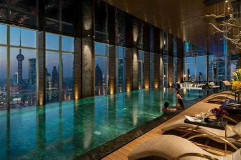20 Stunning Indoor Infinity Pool Designs (With images