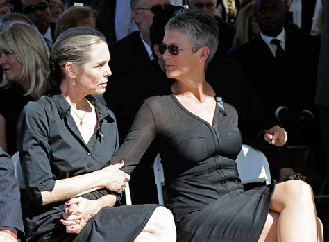 Kelly Curtis in Tony Curtis Funeral - Zimbio