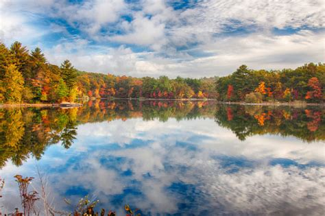 10 Short And Sweet Fall Hikes In Massachusetts With A
