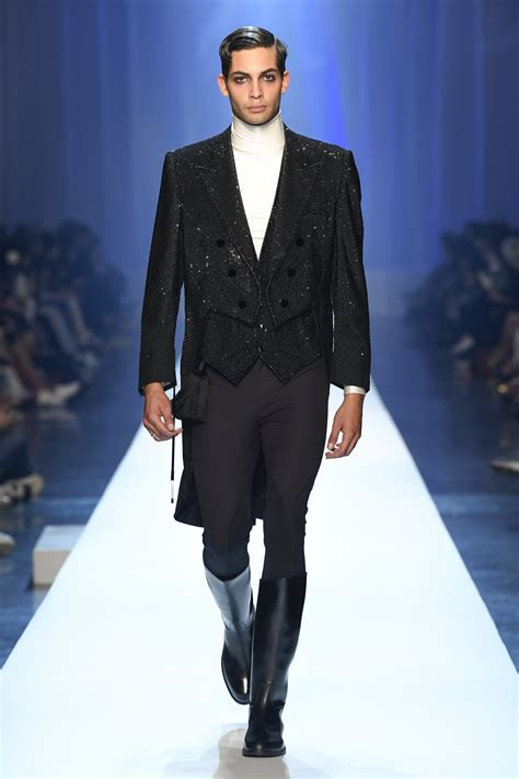 JEAN-PAUL GAULTIER FALL WINTER 2018-19 COLLECTION   The