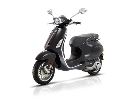 2017 Vespa Sprint 125 IGET ABS Review