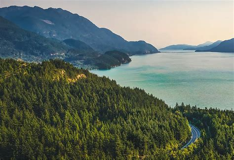 Most Scenic Long Distance Walking Routes in Canada