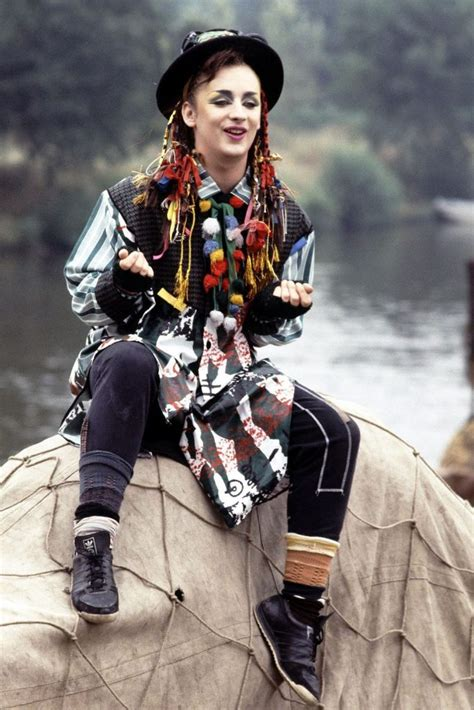 Androgynous Fashion in the 80's and 90's – Future Trends