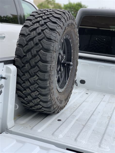 Gladiator Tire Carrier - Bed Rail | WilcoOffroad