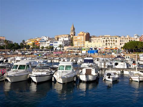 Camping Palamós, enjoy a stay in a Yelloh! Village campsite