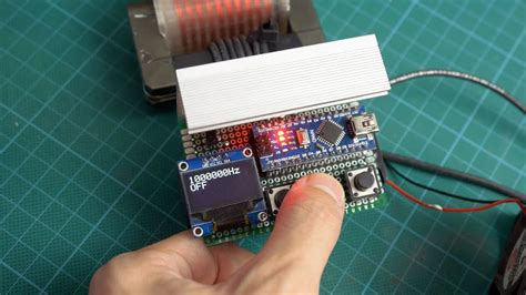 variable frequency arduino generator - YouTube