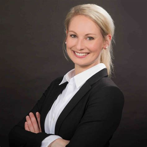 Carolin Woltering - HR Management-Beraterin - Commerzbank