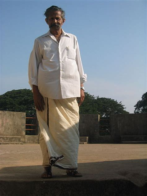 All About Indian Dhoti: Its Origin And Much More | Utsavpedia
